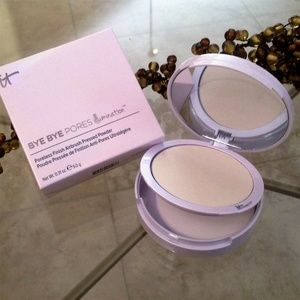 IT Cosmetics Bye Bye Pores Pressed Illumination